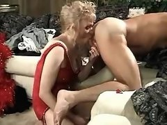 Blonde shemale sucking cock of dude
